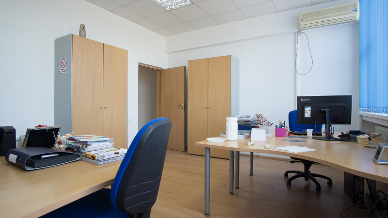 Spatiu birouri 300 mp in Sema Parc si eventual spatii depozitare