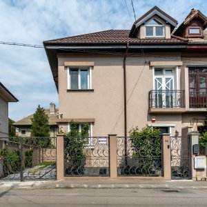Vila - Piata Alba Iulia - 4 dormitoare