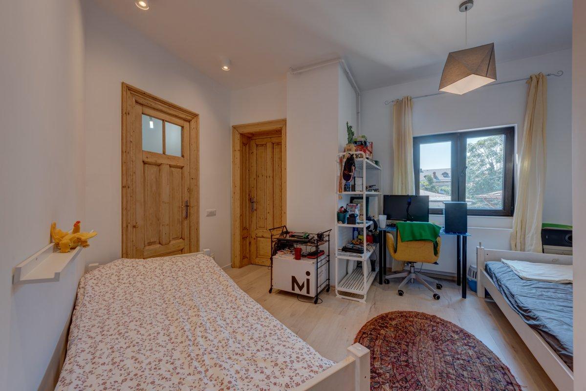 Apartament elegant in vila si garsoniera la mansarda, Pache Protopopescu!