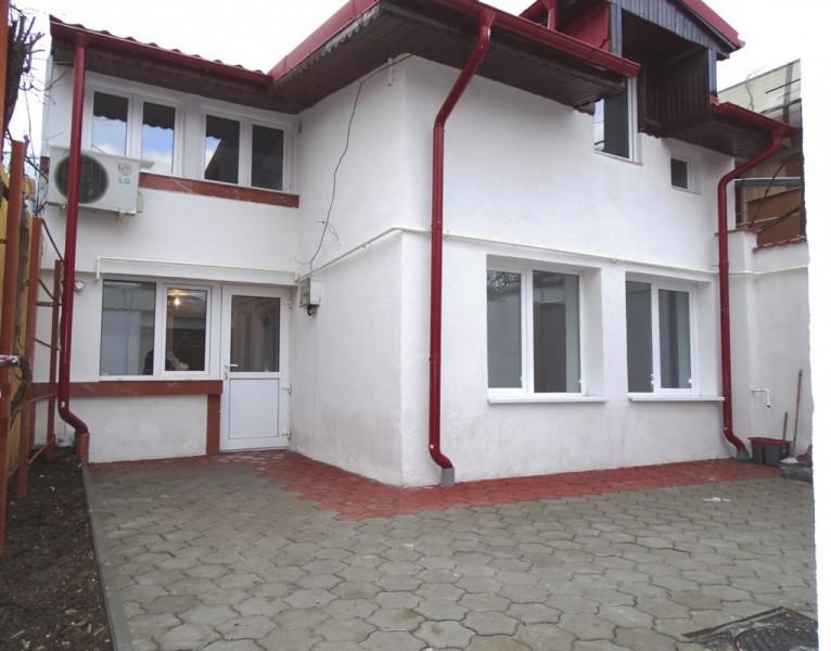 Casa 3 Camere, Gata de Mutat